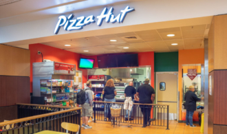 Pizza Hut storefront image