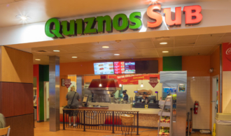 Quizno's storefront image